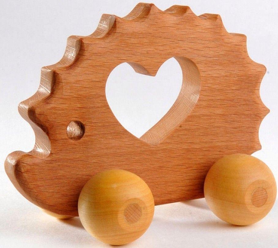 Подарок ребенку из дерева